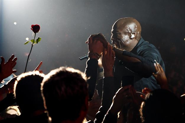 Seal live in concert at The Hotel Puente Romano
